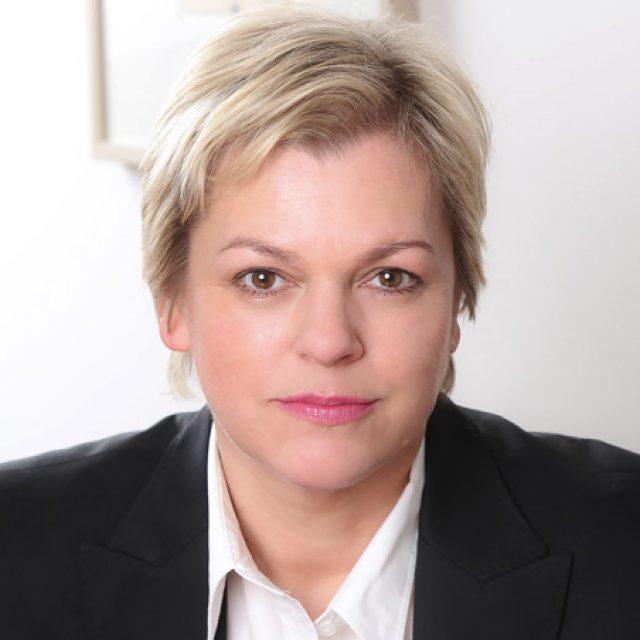 Claudia Lippold